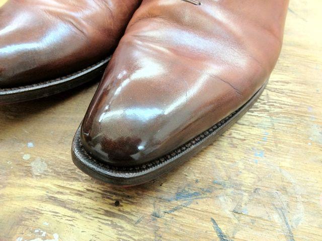 色変化しやすいタイプの靴
